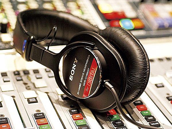 MDR-CD900ST,スタジオモニターヘッドホン