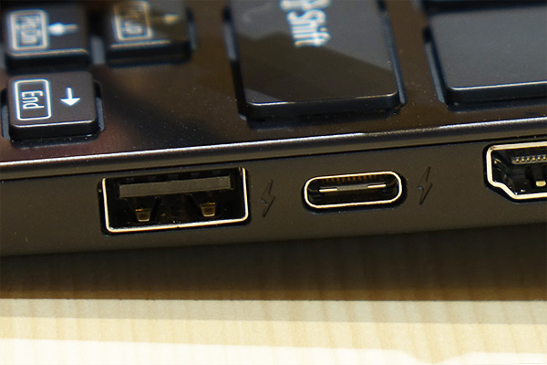 VAIO SX12,VJS1211,レビュー,USB Type-C,充電